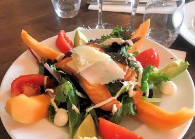 Salade de saumon grillé et melon